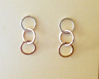 Tricolor Three Tiny Rings Earrings Hammered Sterling Silver, Yellow & Pink Gold Post Dangle Earrings Linked Circle Earrings - made to order