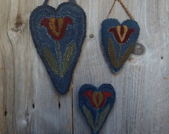 Mailed Pattern Tulip Love NeedlePunch Wool Applique Hooked