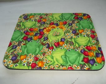 Mouse Pad, Green Frogs, Tulips, Mouse Pads, Desk Accessory, Office Decor, Handmade, Gift, MousePad, Rectangle, Mouse Mat, Computer Mouse Pad