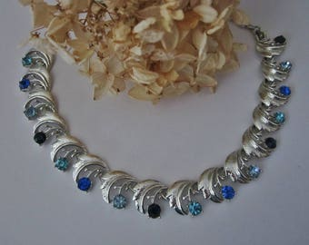 Vintage Coro Rhinestone Necklace silver and blues