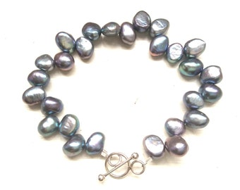 Gift for her, Bridal jewellery, wedding jewellery, handmade, peacock blue, freshwater pearl, bracelet, Christmas present