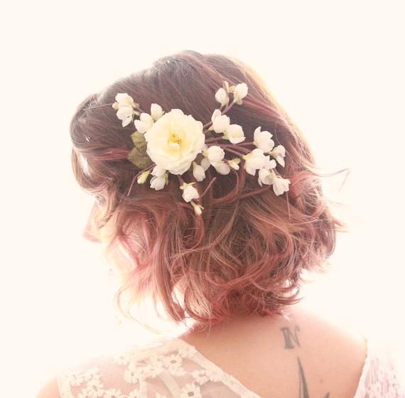 White flower clip, Cherry Blossom Hair Clip, Bridal headpiece, Bridal hair clip, Spring wedding hair accessory, White floral clip