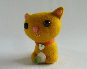Needle felted cat, 'Daisy' OOAK, ex-pattern model by Gretel Parker as seen in 'Craftseller' magazine
