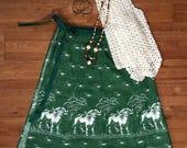 Vintage 1970s wrap skirt / Bull print skirt / Animal print circle skirt novelty print cow print green skirt wrap around short skirt