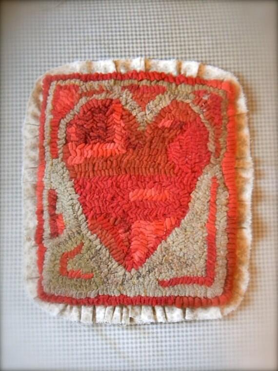Antique Heart rug hooking pattern - PDF - from Notforgotten Farm™