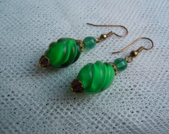 Stunning Old Emerald Green Twisted Bead Earrings