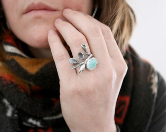 Turquoise ring. Sterling silver twig ring with natural Turquoise. Branch ring, Twig ring, Ophelia ring, flower ring, Statement ring.