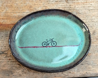 Small Oval Green Plate with Mountain Bike
