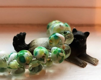 10 Exotic Teardrop Handmade Lampwork Boro Glass Beads -Key Lime 11 mm (2785)