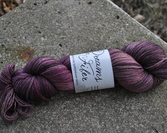 Merino/Nylon Superwash Sock Yarn - Blackcurrant Breeze Colorway