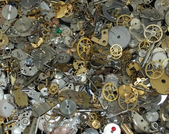 5 oz Vintage Watch parts cogs gears Steampunk Altered Art 142 grams Z 82
