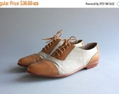 STOREWIDE SALE 1980s Bass Oxford Flats / Vintage 80s 90s G.H. Bass Perforated Brogues / Vintage 90s Bass Lace Up Shoes