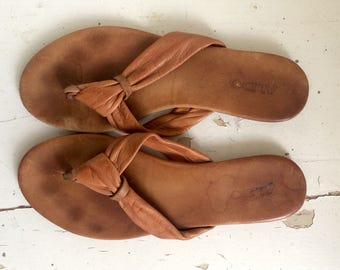 Brown Leather Flip Flop Sandals 7