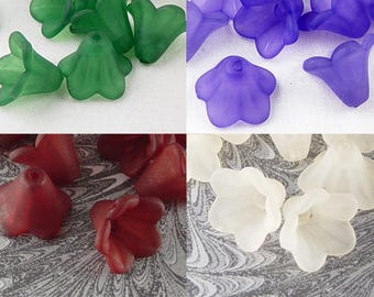 Acrylic Bead 400 Bell Daisy Flower 5-Petal Frosted Lily 15mm x 10mm (1016luc15m7)