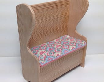 Dollhouse Miniature 1:12 scale Handmade Settle in Douglas Fir with Handstitched Cushion