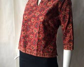MOVING 4 GRADSCHOOL SALE Vintage Indian floral paisley cotton shirt, split neckline, elbow sleeves, in brick red, peach, tan, and green, sma