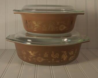 Vintage Pyrex Early American 2 Casserole Set w/ Lids 1.5qt 2.5qt Retro Kitchen