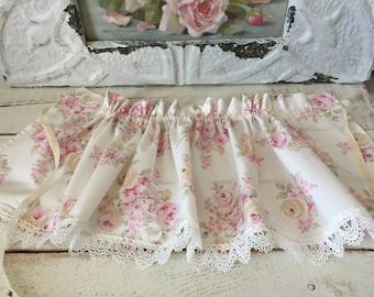 "Rachell Ashwell Simply Shabby Chic ""Blush Beauty"" Pink Rose - Lampshade Skirt - Lighting Decor"