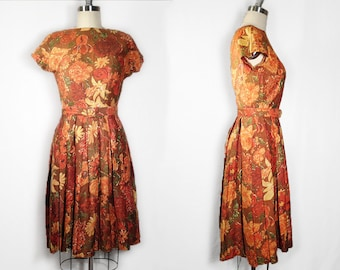 1950s Floral Dress //  Brown Red Gold Floral Dress // Pleated 1950s Day Dress // Womens SM