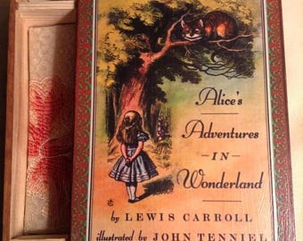 Alice in Wonderland Book Jewelry Box -  Book Jewelry Box  -  Alice in Wonderland Book Box  -  Alice in Wonderland Book Box  -  Lewis Carroll