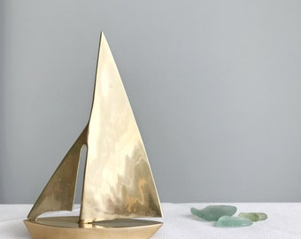 Mid Century Brass Sailboat / Mod Nautical Ocean Coastal Boho Sculpture