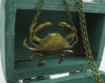 BRASS CRAB NECKLACE  - Petit Crabe
