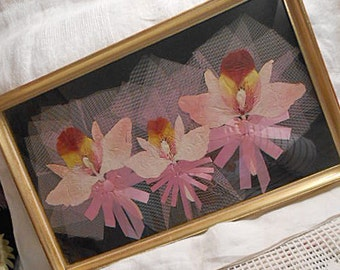 PRESSED Exotic ORCHID FLOWERS Framed Picture, Textured Blooms Detailed Petals, Pink Ribbons & Netting 11 x 18 Gold Wood Frame 1960 Nostalgia