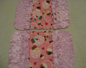 Cupcake burp cloth Baby Shower Gift Spit Rag Pink Baby Girl Burp Cloths with Minky backing