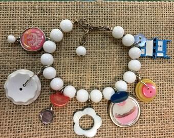 "Vintage button charm bracelet ""Loves to bake"""