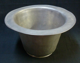 PEWTER CHAMBER POT