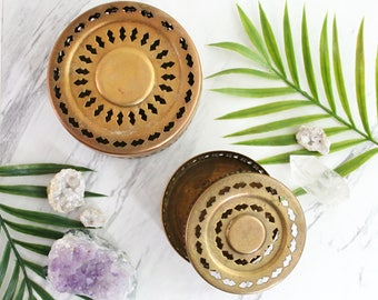 Vintage Brass Trinket Boxes / Nesting Brass Trinket Jars / Pierced Brass Potpourri Boxes / Boho Brass Jewelry Holders