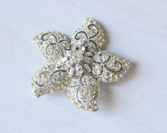 Vintage 1960s Statement Rhinestone Brooch Pin / Clear and Brilliant
