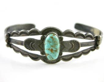 Vintage Sterling Silver Southwest Turquoise Cuff Bracelet