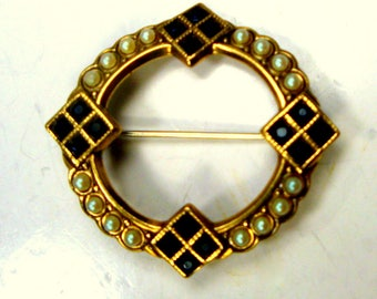 Black Rhinestone Circle Pin, 1960s, Art Deco Style Brooch, Gold Metal With White Pearls