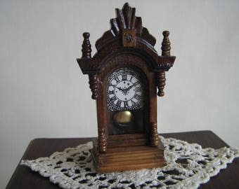 "Miniature Dollhouse MANTLE CLOCK w/ Moving Pendulum-Antique Look- 1"" Scale"