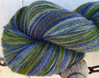 Hand dyed yarn,  Alpaca, Lambswool, Hand painted yarn, Indie dyed, soft lambswool, yummy yarn, 620 yards skein - colour: Gentian