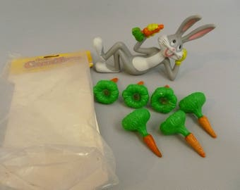 Vintage Wilton Bugs Bunny and Carrots Cake Topper 1979