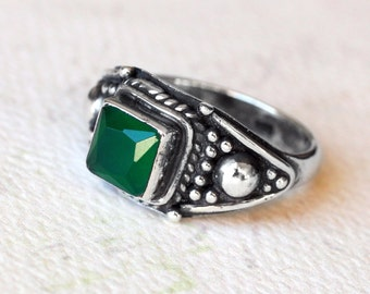 "Emerald Ring, Size 6, Oxidized Sterling Silver - ""Dryad"" by CircesHouse on Etsy"