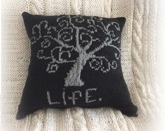 New! Knit Pillow Pattern - Tree of Life