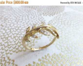 30 %off black friday sale Laurel leaf engagement ring. 14k yellow gold wreath ring. Diamond leaf ring. Anniversary leaf vine ring. Ready to
