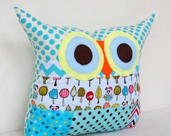 Use coupon codes/Large Owl pillow /decoration pillow/home decor/ Polyfil Stuffed Owl cushion/patchwork /Ready to ship