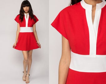 Mod Mini Dress COLOR BLOCK 70s Dress High Waisted Space Age Red White Vintage Cap Sleeve 1970s Twiggy Mandarin Collar Large