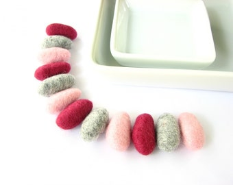 SALE 12 felted wool pebbles / beads (charcoal,light pink, raspberry)  Girly decoration, berry decoration, berry ornaments, garland beads