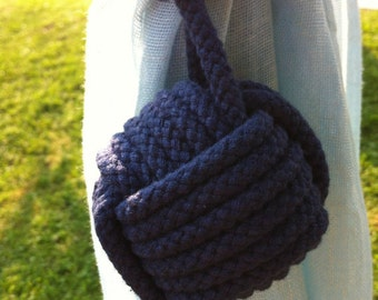 1 Navy Blue Nautical Rope Tie back, 1 Rope Tieback in Navy Blue Rope for a Nautical Nursery