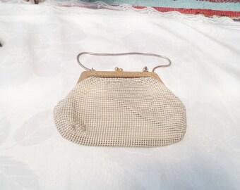 glomesh bag, small baby sized glomesh, petite glomesh bag, glomesh purse, vintage glomesh bag, white vintage bag