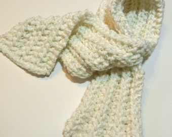 White Knitted Keyhole Scarf