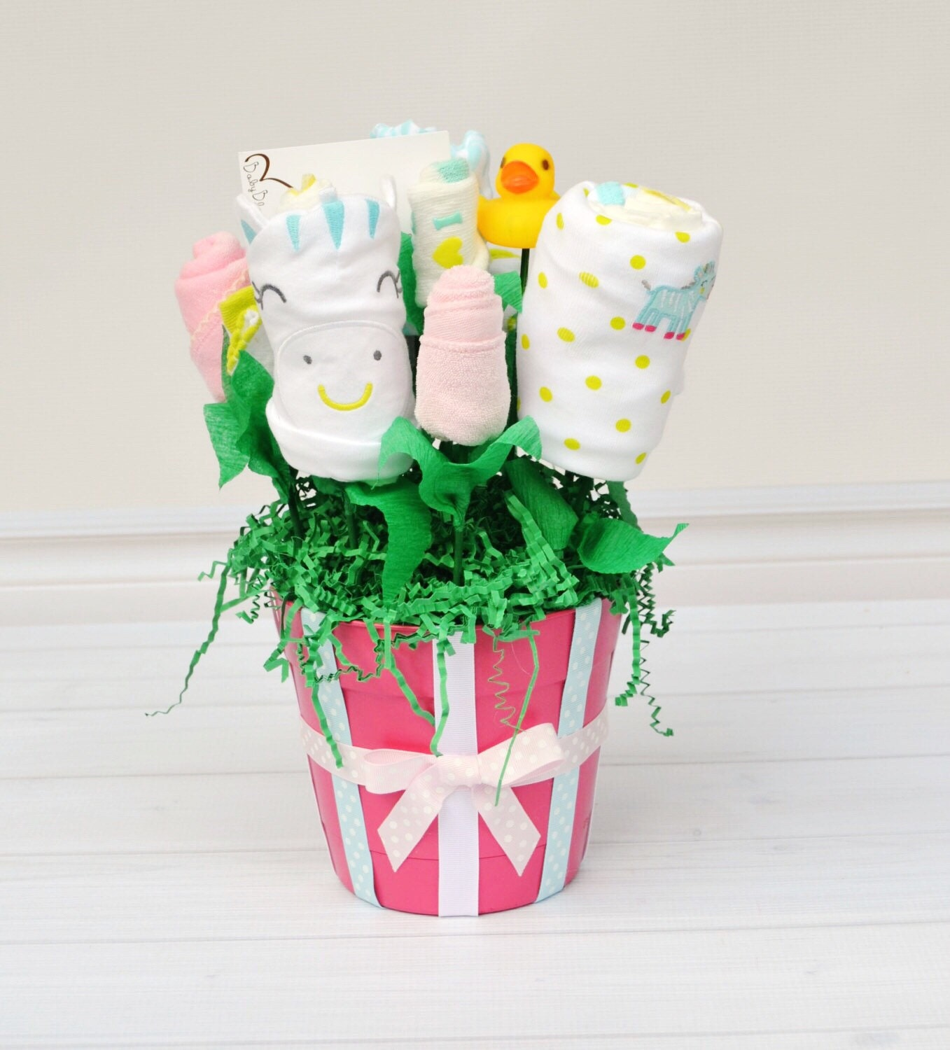 Baby Gift Bouquet New Zealand : New mom gift girl baby bouquet newborn clothes