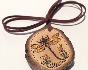 Dragonfly Bug Insect Pendant Necklace Natural Wood Slice Luggage Backpack Tag