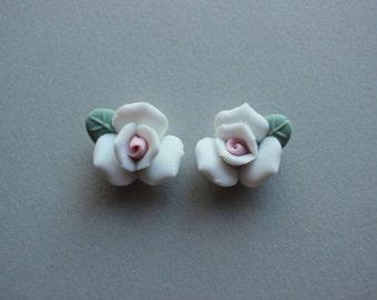 Vintage Porcelain Flowers - Handmade Japanese Bisque White Flower Rose Bud Cabochons 17mm