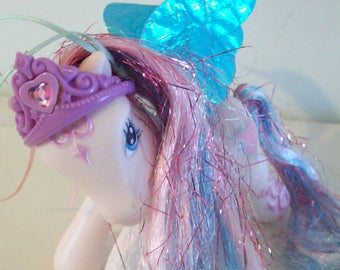 My Little Pony Star Catcher Pegasus with Crown and Fabric Wings Rare HTF